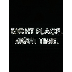 Motivation | Надпись: Right Place. Right Time.