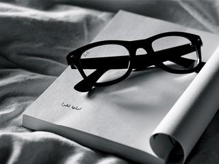 Категория постеров и плакатов Оптика (очки)