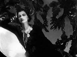 Категория постеров и плакатов Коко Шанель