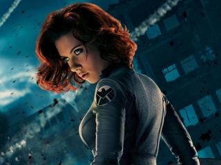 Категория постеров и плакатов Black Widow