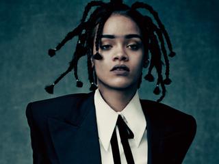 Категория постеров и плакатов Rihanna
