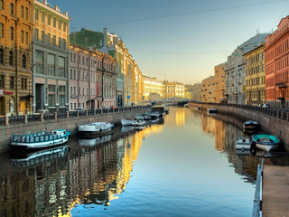 Категория постеров и плакатов Санкт-Петербург